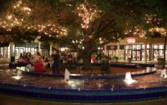 """The local hangout """"Main Street"""" is the heart of Miami Lakes."""