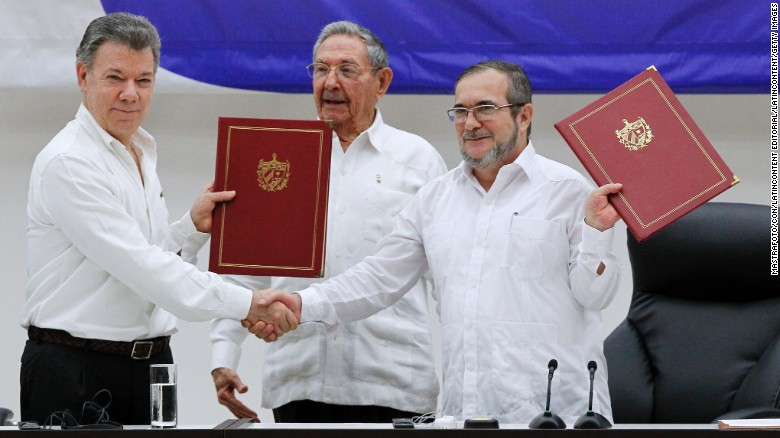 Colombia and FARC Sign Revised Peace Deal
